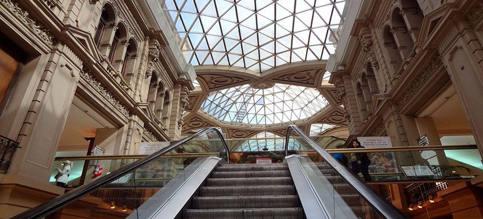 Visitar las Galerias Pacifico de Buenos Aires