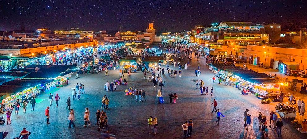 Como es la Plaza Jemaa El Fna